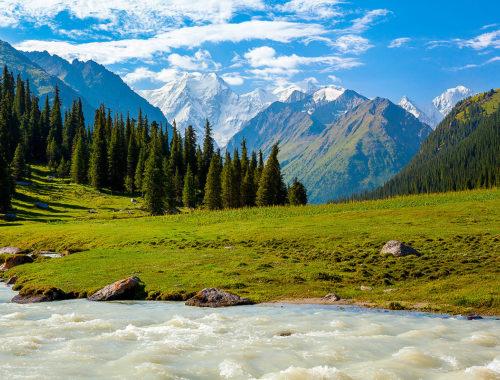 Osobennosti i dostoprimechatelnosti v Kirgizii
