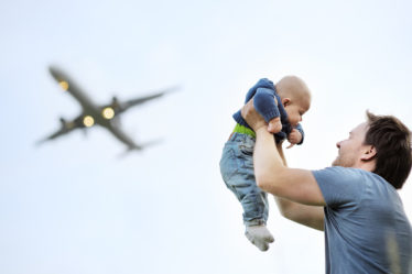 Как путешествовать с маленькими детьми