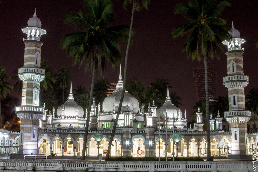 мечеть – Масджид Джейнек